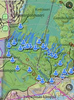 Tracker-ohjelman käyttö hirvijahdissa, kun miesajoketju ajaa metsästysalueen passiketjua kohti.